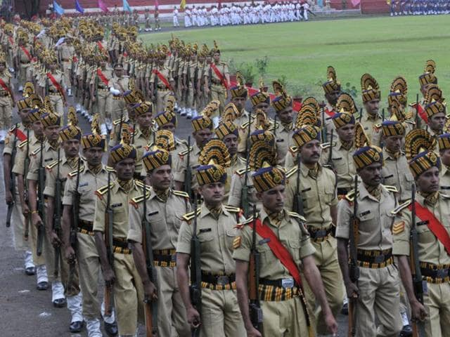 Madhya Pradesh has just 112 police personnel per lakh population