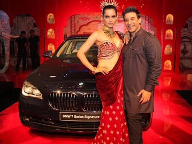 BMW-launches-7-series-Signature-edition