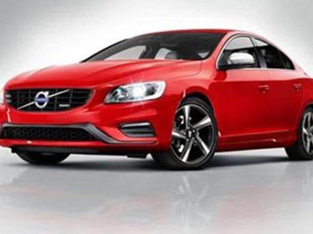 Volvo-launches-S60-R-Design