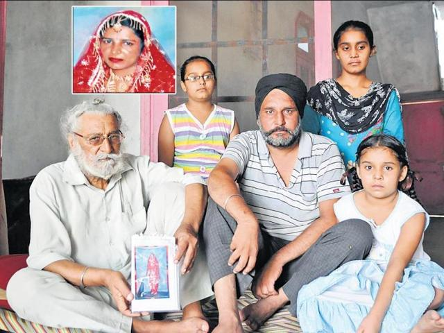 Heem-Singh-father-of-Kulbir-Kaur-inset-who-was-killed-for-dowry-with--his-son-Baljit-Singh-and-three-granddaughters-at-his-residence-at-village-Daherpur-in-district-Rupnagar-on-Monday-Gurminder-Singh-HT-Photo