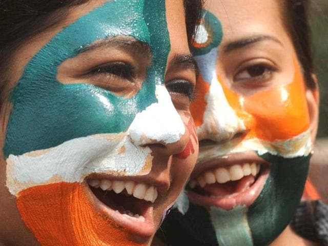 AT-IMS-college-students-paint-their-face-with-the-tricolour-Rishi-Ballabh-HT-Photo