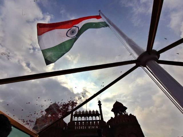 The national flag flies on the Red Fort after the PM addresses the nation. (Raj K Raj/HT Photo)
