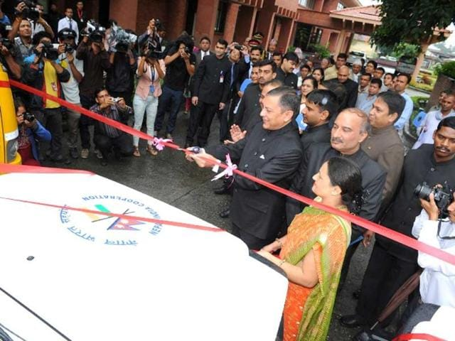 Indian-ambassador-to-Nepal-Ranjit-Rae-gifts-ambulances-and-buses-to-various-hospitals-schools-and-charitable-organisations-of-Nepal-at-a-function-held-in-Kathmandu-Photo-credit-Indian-Embassy