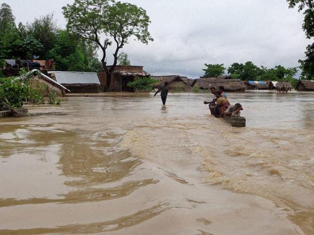 flood,Uttar Pradesh,flood warnings
