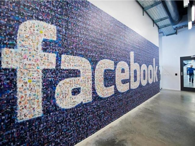 Facebook,Social Media,Cyber experts
