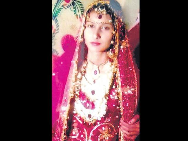 Sonika-on-her-wedding-day-seven-months-ago-Rajesh-Kumar-HT-Photo