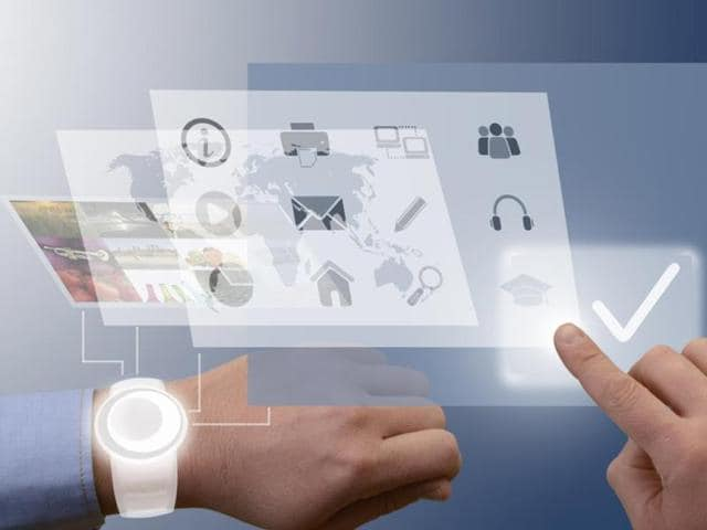 wearable technology,smartphone,smartwatch