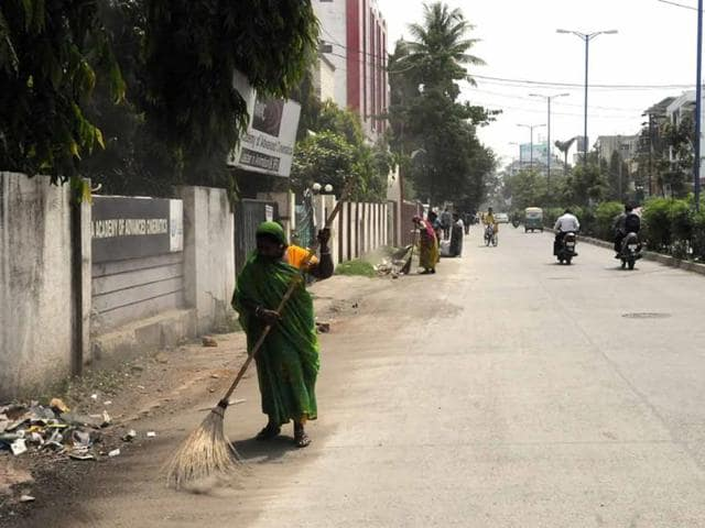 Sanitation-tasks-are-divided-between-IMC-staffers-and-jagirdars-in-Indore-Arun-Mondhe-HT-photo