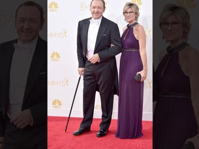 Kevin-Spacey-and-Ashleigh-Banfield-at-the-66th-Emmy-Awards-Red-Carpet-AFP-Photo