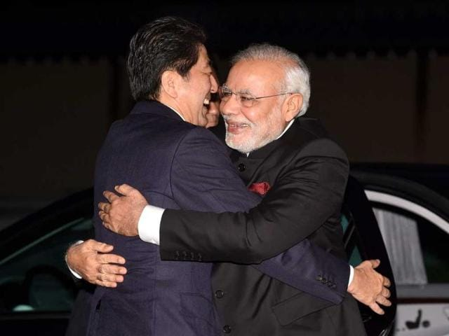 Prime-Minister-Narendra-Modi-shakes-hands-with-his-Japanese-counterpart-Shinzo-Abe-during-a-private-dinner-in-Kyoto-PTI-Photo