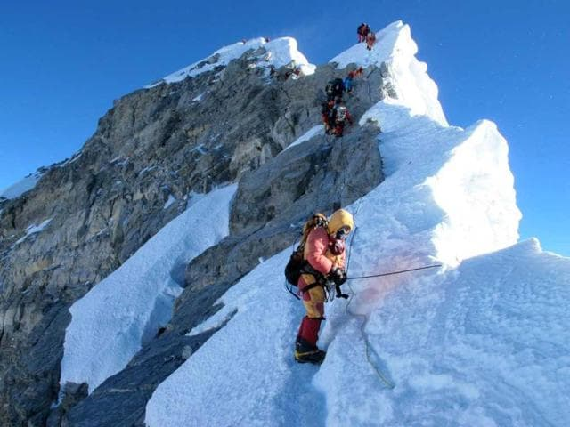Everest expeditions,Nepal,Avalanche