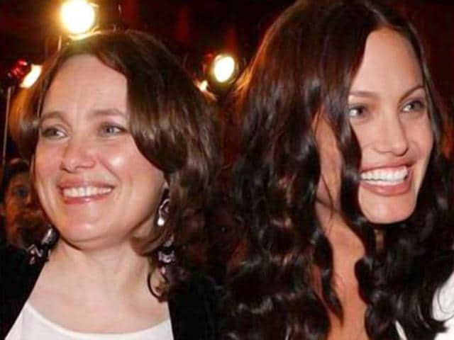 Angelina-Jolie-and-her-mother-Marcheline-Bertrand-in-a-file-photo-AP-Photo