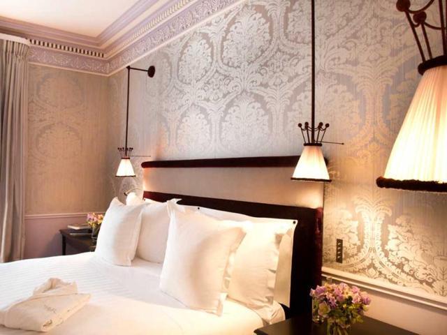 Globetrotting luxury enthusiasts,travel,luxury hotels