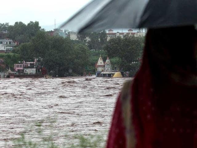Child deaths,Kashmir floods,hospital