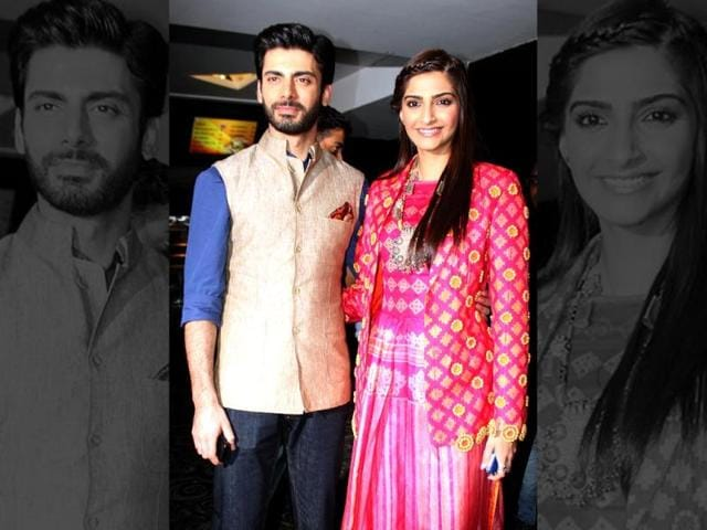 Bollywood actors Sonam Kapoor and Fawad Khan visited Indore for the promotion of their movie 'Khoobsurat'. (Shankar Mourya/HT photo)