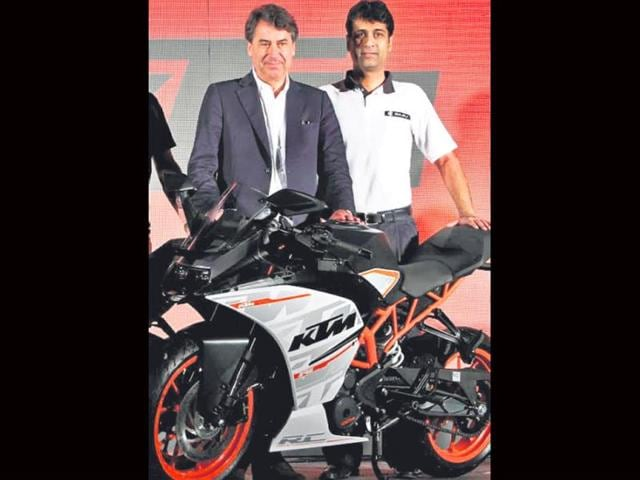 KTM launches Duke RC 200,390,KTM