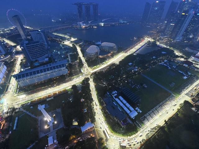 Singapore,Fake degrees,Education