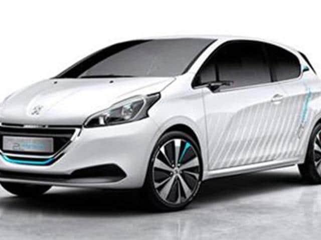 Peugeot-reveals-208-Hybrid-Air-concept