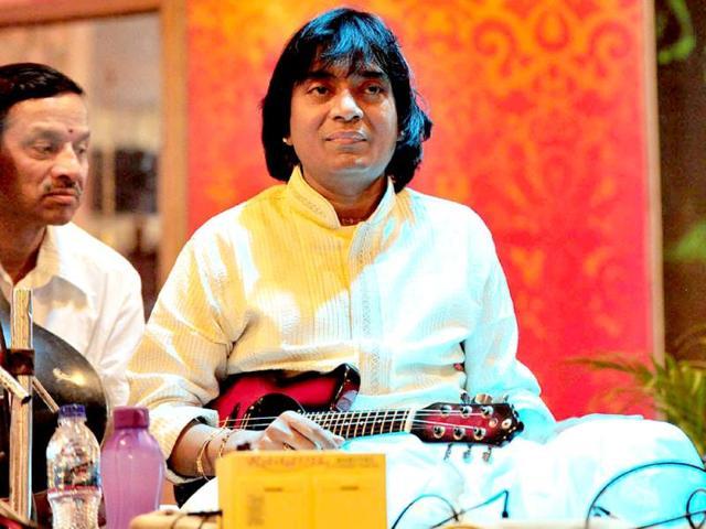 mandolin exponent,Uppalapu Srinivas,Mandolin Srinivas