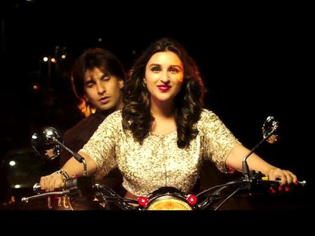 Kill Dil features Ranveer Singh and Parineeti Chopra in the lead roles. It