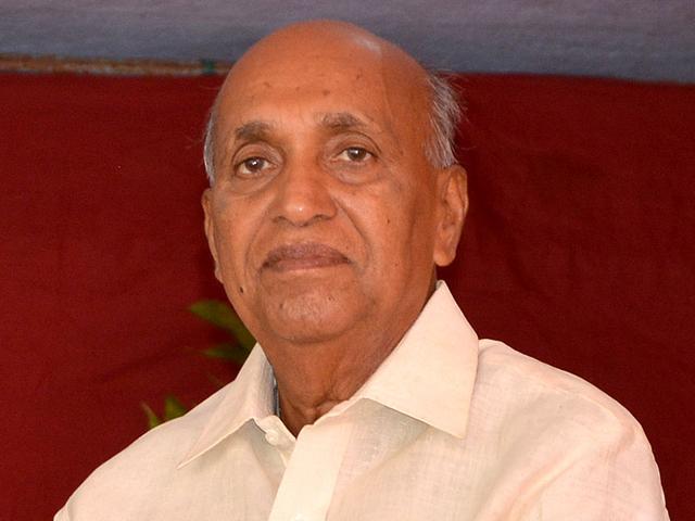 Seven-time-MLA-on-Congress-ticket-Vilaskaka-Undalkar-has-decided-to-rebel-against-CM-Prithviraj-Chavan-in-Karad-south-constituency-Raju-Sanadi-HT-Photo