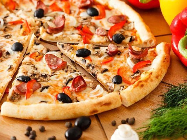 Pizza Hut,Vegetarian Pizza,Pizza