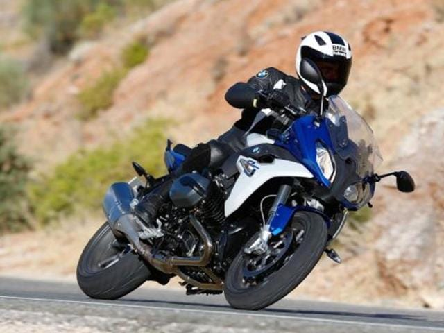 BMW boxes clever with latest bikes,R1200 RS,R1200 R