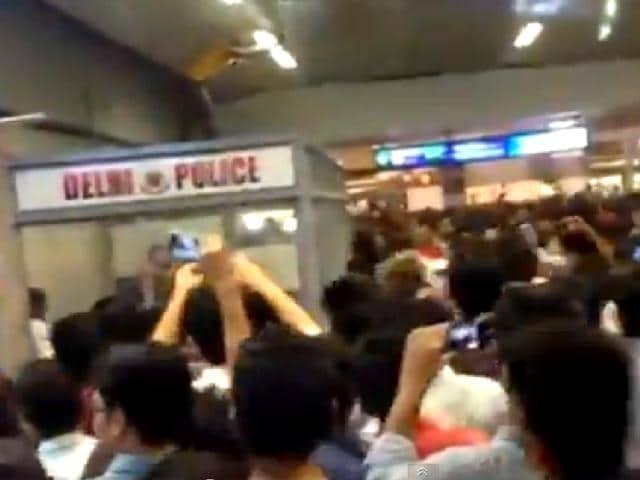 African students,mob assault,Rajiv Chowk metro station