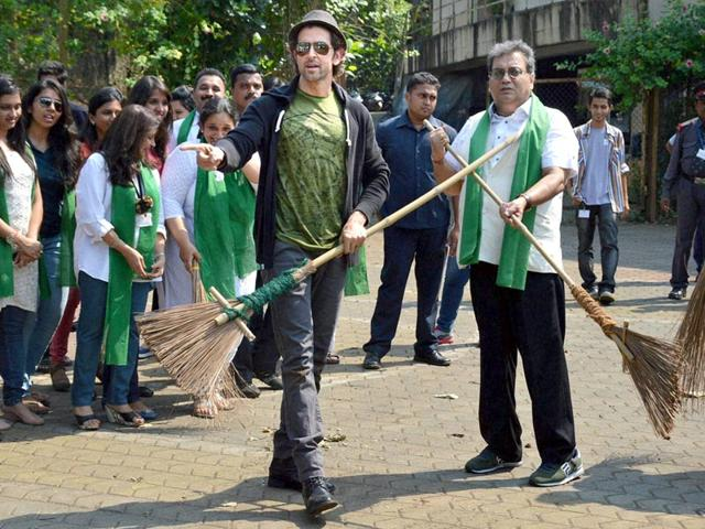 Hrithik Roshan and Subhash Ghai initiate Clean India drive at a film school in Mumbai on October 2, 2014. (Photo: IANS)