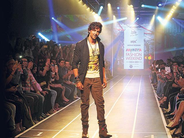 Hrithik Roshan voted sexiest Asian in UK