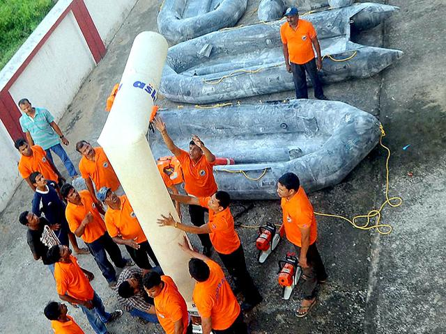 Odisha-Disaster-Rapid-action-force-ODRAF-personnel-checking-up-their-equipment-in-preparation-ahead-of-cyclone-HudHud-in-Bhubaneswar-PTI-photo