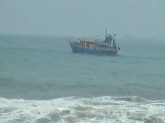cyclone,cyclone hudhud,Odisha