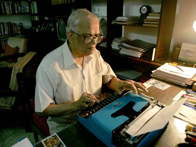 Veteran-journalist-and-former-chairman-of-Prasar-Bharati-MV-Kamath-died-at-the-age-of-94