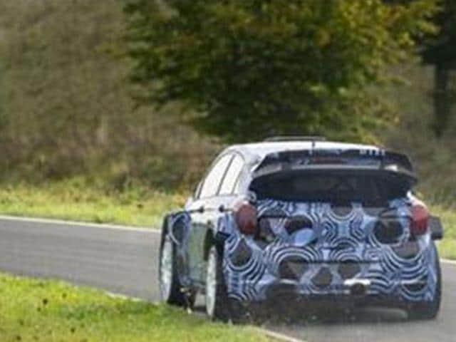 Hyundai-begins-testing-new-i20-WRC