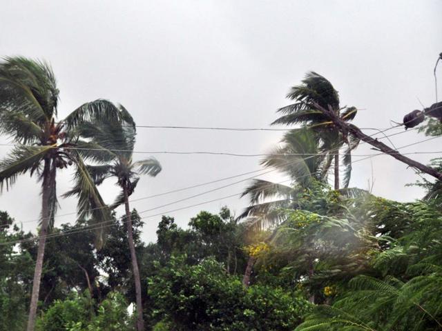 cyclonic storm Hudhud,cyclone hudhud,Andhra Pradesh