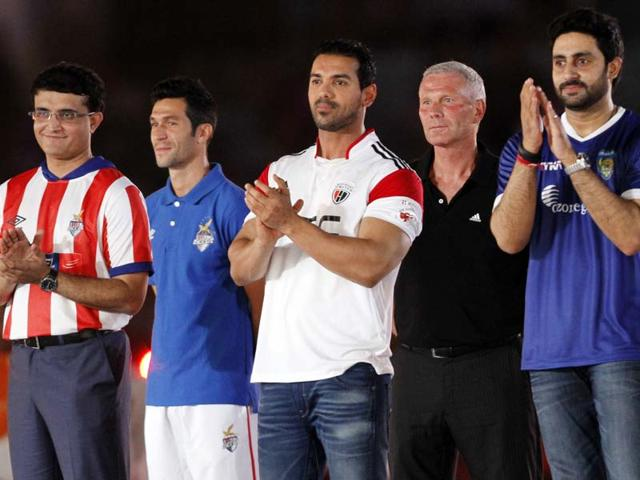 Sourav-Ganguly-John-Abraham-Abhishek-Bachchan-host-the-first--ISL-tournament-Inauguration-Function-at--Vivekananda-Yubabharati-Krirangan-Salt-Lake-on--Sunday--October-12-2014-HT-Photo-Subhankar-Chakraborty
