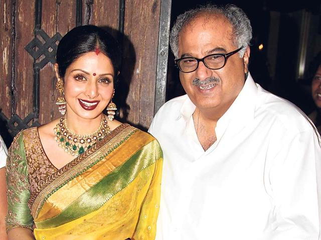 Boney-Kapoor-along-with-his-wife-Sridevi-and--daughter-Jhanvi-attended-the-screening-of-a-Marathi-film