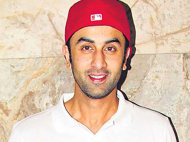 Actor-Ranbir-Kapoor-arrives-at-the-opening-ceremony-of-the-16th-Mumbai-Film-Festival-in-Mumbai-India-on-October-14-2014-AP