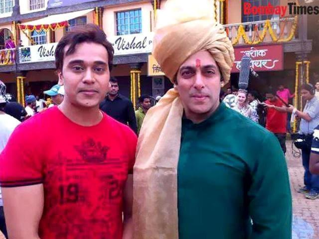 Sonam-Kapoor-on-sets-of-Prem-Ratan-Dhan-Payo