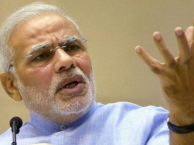 Narendra Modi high tea,Modi meeting with secretaries,modi meeting with civil servants