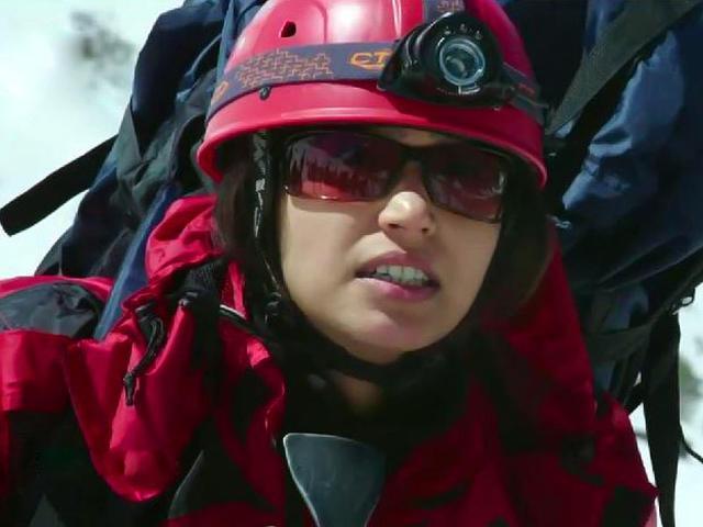 Shamata-Anchan-makes-her-debut-with-Ashutosh-Gowarikar-s-Everest