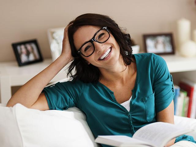 Implants-could-make-reading-glasses-a-thing-of-the-past-Photo-Shutterstock