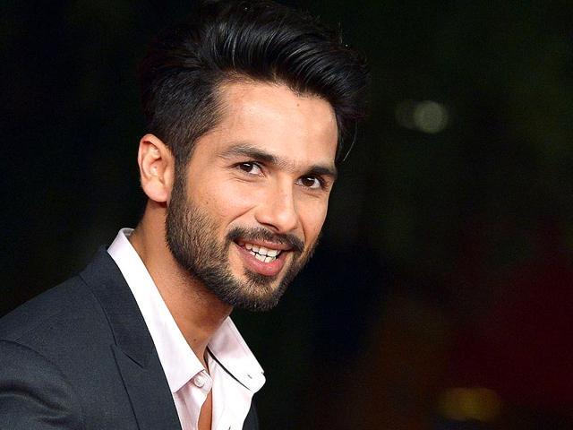 Guys do not take your girl out today if you are not committed: Shahid Kapoor
