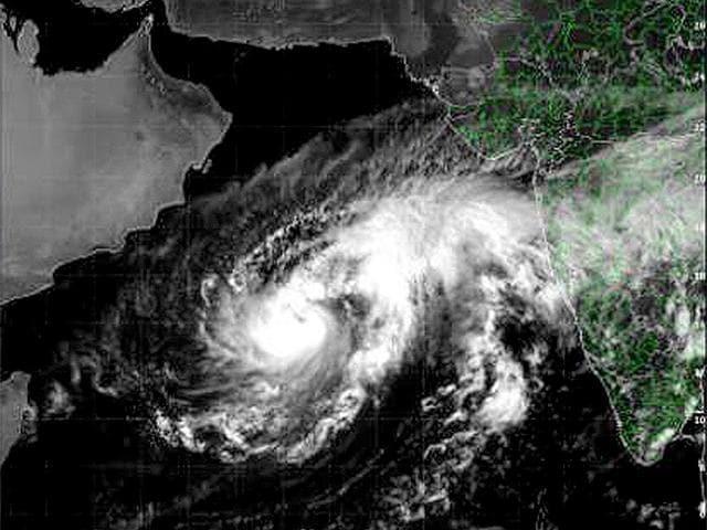 Nilofer,cyclone,Gujarat