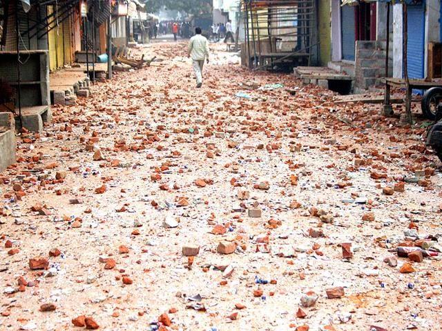 Trilokpuri,communal tension,clash