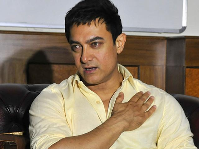 Aamir Khan addresses a press conference after shooting Satyamev Jayate. One heart-felt project the actor has on his hands. (Photo by Mujeeb Faruqui/ HT)