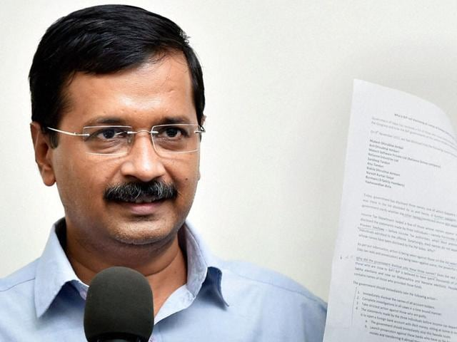 Delhi CM Arvind Kejriwal,PM Narendra Modi,CM asks PM to handover Delhi Police to AAP government