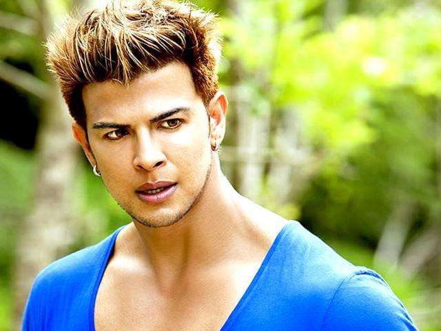 Style-actor-Sahil-Khan-Courtesy-Facebook