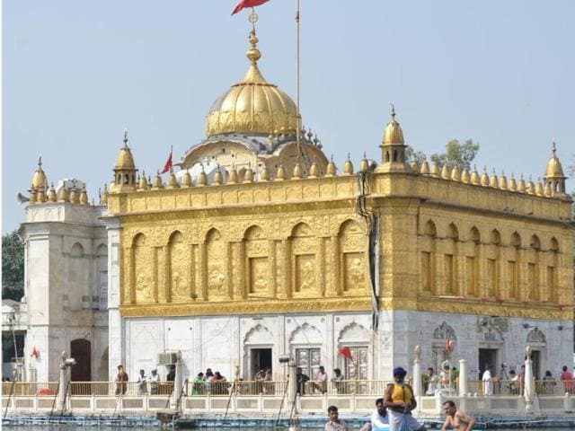 Durgiana Mandir,Gandhi ground,golden Temple