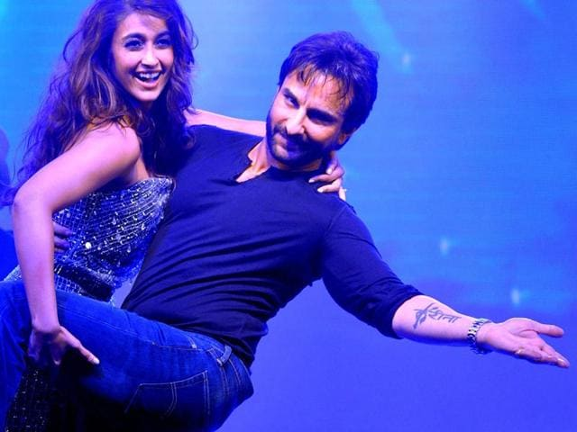 Saif-Ali-Khan-and-Ileana-D-Cruz-perform-during-the-music-launch-of-Happy-Ending-AFP-Photo